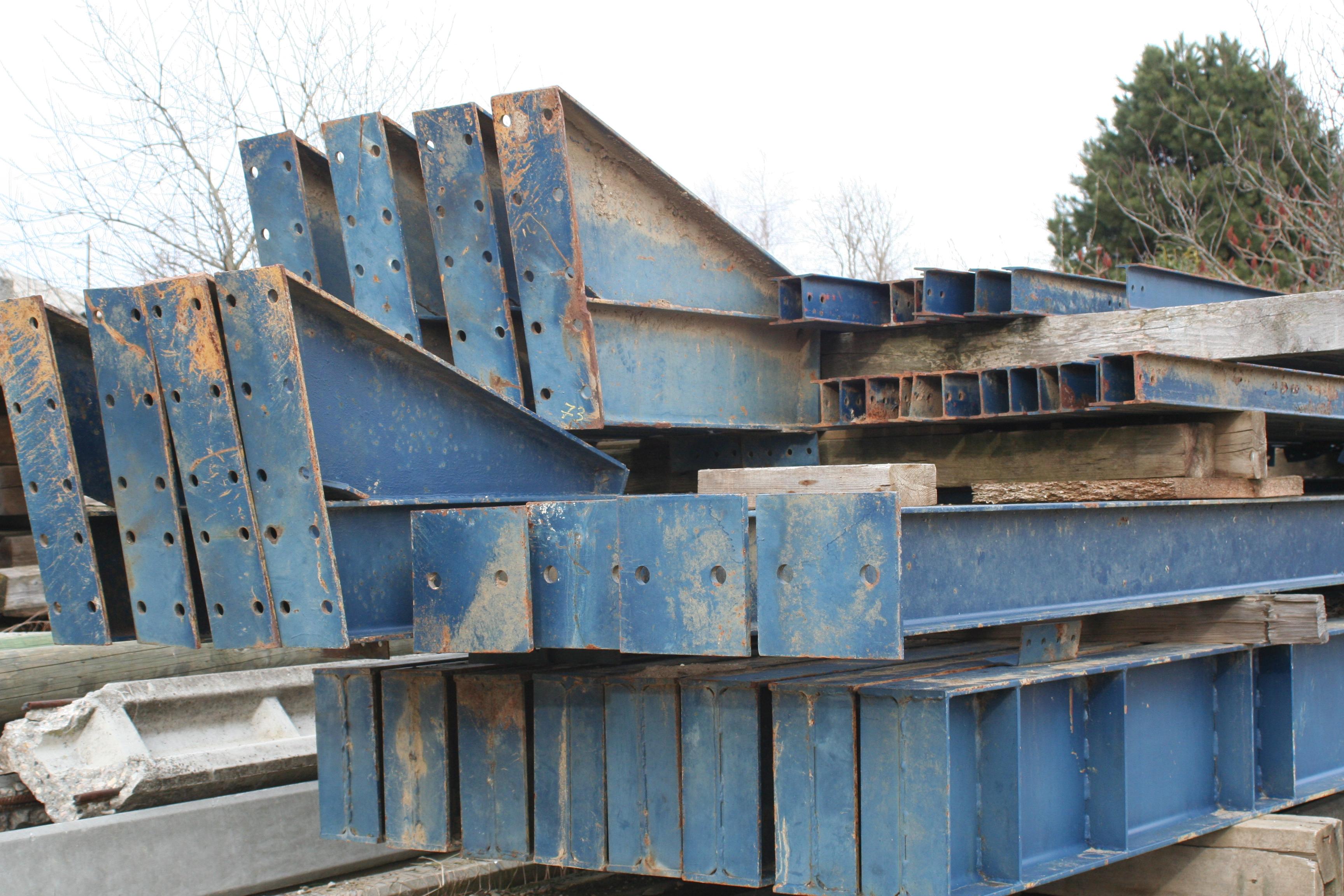 le site de toutes les envies annecy vend charpente metallique pour hangar. Black Bedroom Furniture Sets. Home Design Ideas